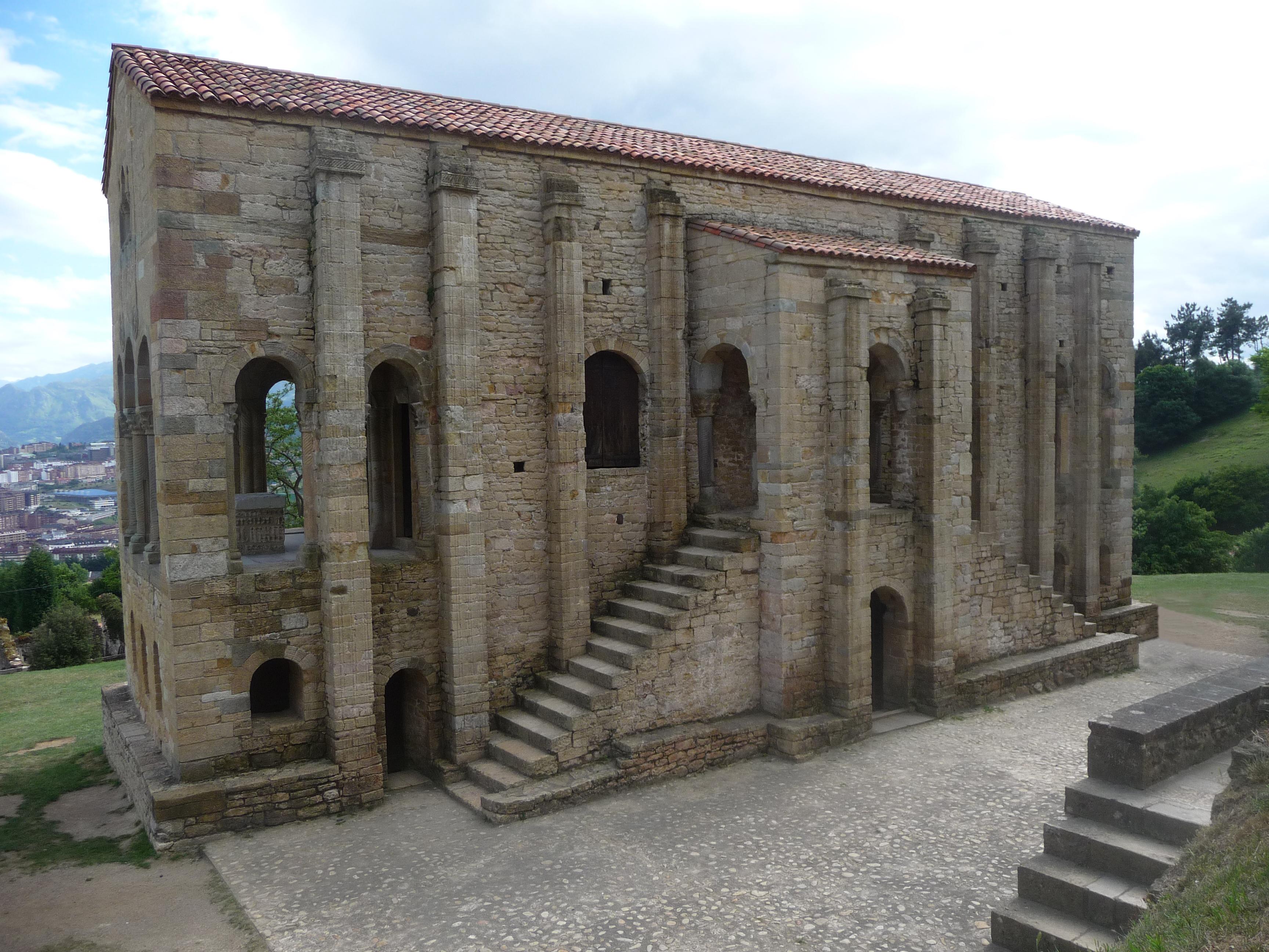 Santa María del Naranco, Oviedo, Parroquias en Oviedo, Parroquias en Asturias