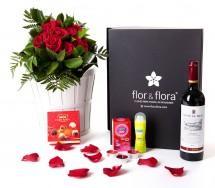 Caja regalo 10 rosas rojas + durex + vino Rioja + regalo