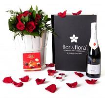 Caja regalo 6 rosas rojas + cava + regalo