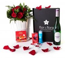 Caja regalo 6 rosas rojas + durex + vino blanco + regalo