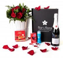 Caja regalo 6 rosas rojas + durex + cava + regalo