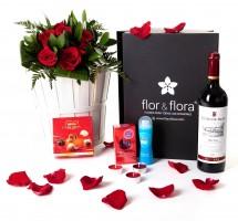 Caja regalo 6 rosas rojas + durex + vino Rioja + regalo