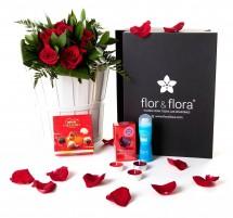 Caja regalo 6 rosas rojas + durex + regalo